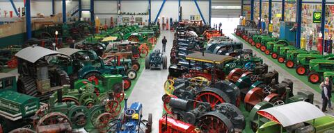 A large tractor collection by Geldof Tractors